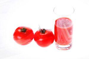 Usos desconocidos del jugo de tomate