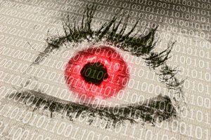 El uso de la computadora y la fatiga visual. ¿Qué hacer para evitar los ojos rojos por usar la PC?