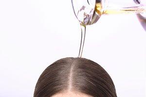 Cómo eliminar la caspa con aceite de oliva