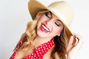 Ilustración de Consejos de Maquillaje para el Verano