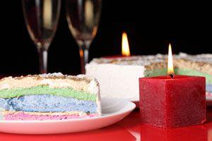 Receta para hacer una torta multicolor. Como hacer un pastel de varios colores. Guia para preparar un bizcochuelo de muchos colores