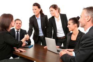 Ilustración de Cómo Debe ser una Relacion entre Jefe y Empleado