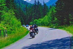 Ilustración de Cómo Hacer un Viaje en Moto