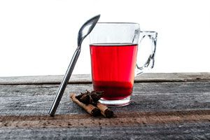 3 infusiones que ayudan a adegazar. Té para perder peso. Bebidas calientes para adelgazar. 3 infusiones de hierbas para perder peso