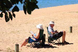 Consejos para elegir un libro para las vacaciones. Qué libro leer en vacaciones. Cómo aprovechar la lectura en vacaciones. Libros para un viaje
