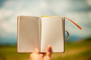 Ilustración de Cómo Llevar una Lista de Gastos en un Viaje