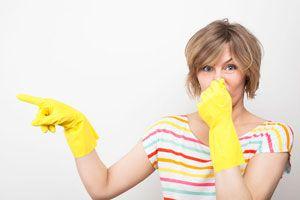 Cómo ventilar para quitar el olor a encierro en invierno. Tips para eliminar malos olores en invierno. Cómo evitar el mal olor durante el invierno