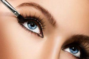 Claves para elegir un delineador de ojos. Tips para elegir y aplicar el delineador de ojos. Cómo elegir el delineador de ojos perfecto