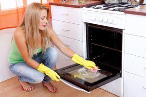 Guía para limpiar el horno. Cómo limpiar el horno profundamente. Tips para limpiar facilmente el horno.