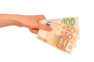 Claves para reconocer los euros falsos. Cómo identificar un billete de euro falso. Guía para reconocer euros falsos