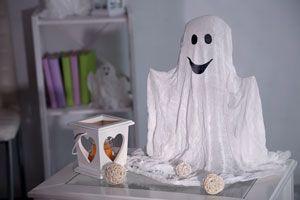 Cómo reconocer fantasmas y espíritus. Los distintos tipos de fantasmas. Como identificar fantasmas que se presentan en el hogar.