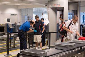 Consejos para pasar el control del aeropuerto sin problemas. Cómo evitar problemas en el aeropuerto. Tips para pasar el control del aeropuerto