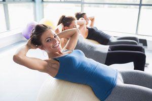 Ejercicios y dieta para lucir un abdomen marcado. Cómo lograr abdominales bien marcados. Ejercitación para el abdomen.