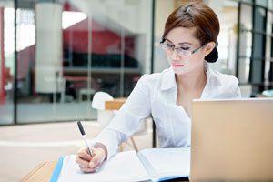Claves para destacar en tu trabajo. Cómo ser mejor en tu trabajo. Cómo mejorar en tu campo laboral