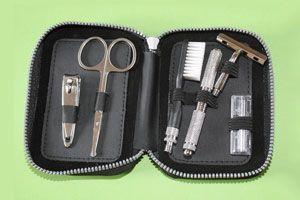 Claves para armar un neceser de viaje. cosas que no pueden faltar en un neceser para viajes. Que llevar en un neceser de viaje