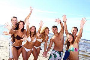 Cómo viajar con amigos. Consejos para ir de vacaciones con amigos. Claves para convivir con amigos en un viaje. La convivencia con amigos en un viaje