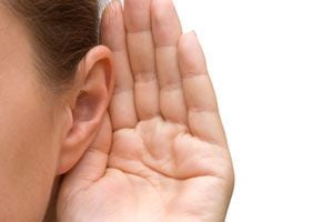 Claves para aprender a escuchar. Cómo mejorar la comunicación aprendiendo a escuchar. Tips para escuchar a tus clientes, amigos o pareja