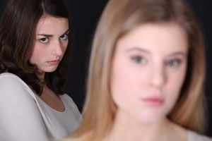 4 rituales para quitar el mal de ojo. Cómo prevenir la ojeadura. Rituales para evitar la ojeadura. Cómo curar el mal de ojo