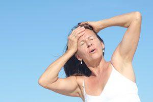 Cómo reducir los síntomas de la menopausia. Dieta para reducir los sofocos. Cómo evitar sofocos durante la menopausia