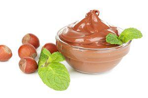 Cómo preparar crema de avellanas casera. Receta para hacer crema de avellanas. Ingredientes y preparación de la crema de avellanas