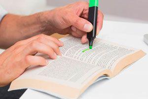 Ilustración de Cómo Subrayar un Texto