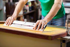 Ilustración de Cómo hacer una Pantalla para Serigrafía Casera