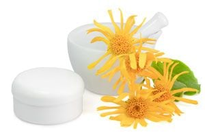 Cómo preparar crema de árnica. Para qué sirve la crema de árnica. Usos de la crema de árnica en salud y belleza. Receta de crema de árnica casera