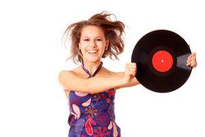 Manualidades para hacer con discos de vinilo. Ideas para reutilizar discos de vinilo. Cómo reciclar discos de vinilo.