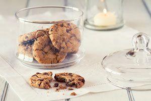 Cómo preparar galletas con chispas de chocolate. Receta de galletas con chispas de chocolate caseras. Galletas caseras con chispas de chocolate
