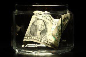 Cómo crear y administrar un fondo común para los gastos en la pareja