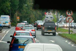 Ilustración de Consejos para ahorrar en combustible al usar el coche