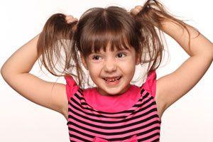 Cómo lavar el pelo de los niños desde el nacimiento hasta que son mayores