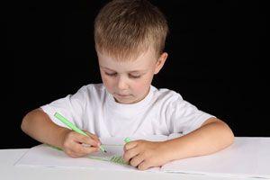 Ilustración de Los dibujos de los niños en sus diferentes etapas