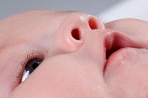 Consejos de higiene y cuidados en zonas sensibles del recién nacido