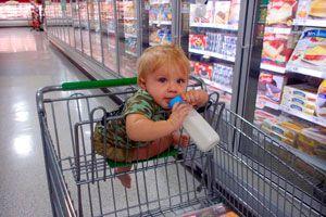 Cómo evitar los berrinches del niño en el supermercado