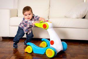 Juegos para hacer con bebés de 10 meses. Cómo jugar con un bebé de 10 a 12 meses. Ideas para jugar con un bebé desde los 10 meses