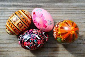 Ilustración de Cómo hacer Huevos Pintados Ucranianos