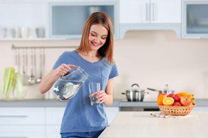 Cómo saber si sufres de deshidratación. Cómo saber si estás deshidratado. Consejos para evitar la deshidratación.