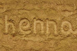 Cómo Usar el Henna en el Pelo y la Piel
