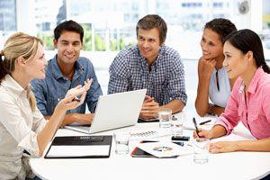 Ilustración de Cómo Convencer en una Reunión de Trabajo