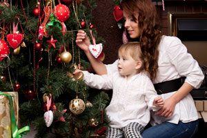 Ilustración de Trucos para Renovar el Árbol de Navidad