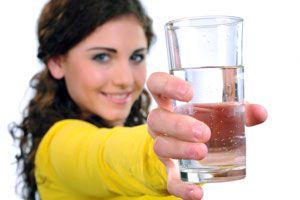 Ilustración de Cómo Beber más Agua