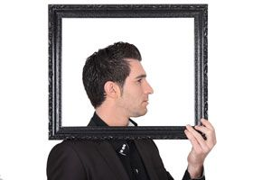 Ilustración de Cómo Reconocer a un Narcisista