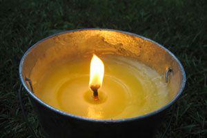 Cómo preparar velas de citronela caseras. Velas para ahuyentar insectos. Cómo ahuyentar mosquitos con velas de citronela caseras