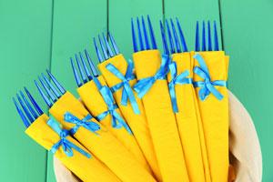 Ideas para reutilizar el papel de regalo. Qué hacer con los envoltorios de regalos. Tips para aprovechar el papel de regalo sobrante