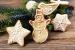 Cómo decorar el árbol de Navidad con adornos de pan